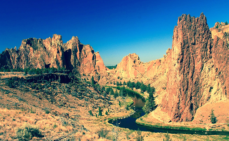Smith Rocks Hiking