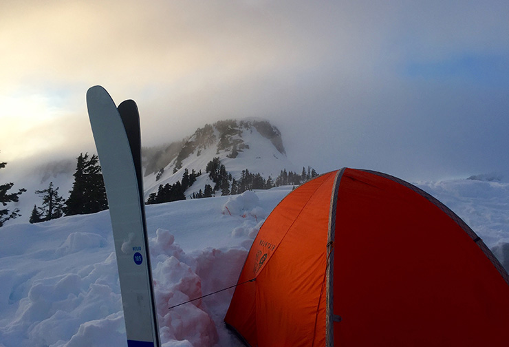 Snow camping at Artist Point at Mt. Baker